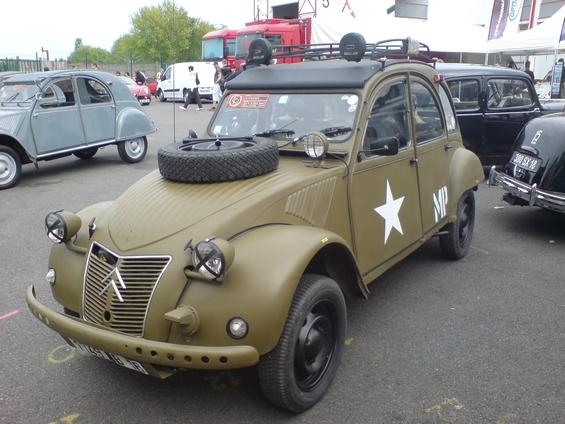La Citroën 2CV 2cv-mi10