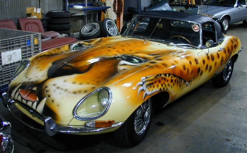 le sport auto  et l'art - Page 3 Jaguar11