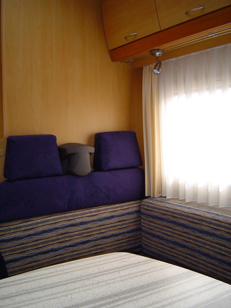 Vends Camping-car Eura Mobil Profila 660HB capucine.  VENDU Campin10