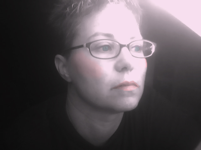 Pix of Outcasts -- post pictures of yourself - Page 6 Jen_bw10