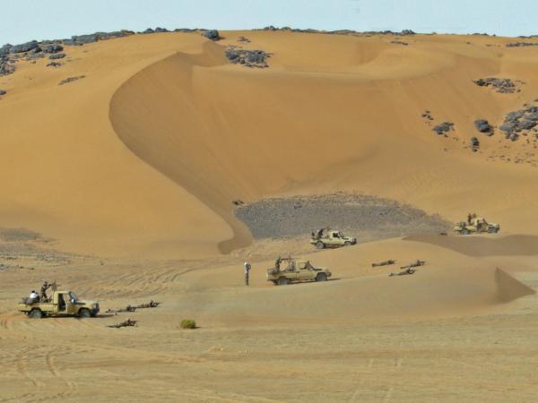 Armée Mauritanienne - Page 2 12_0_010