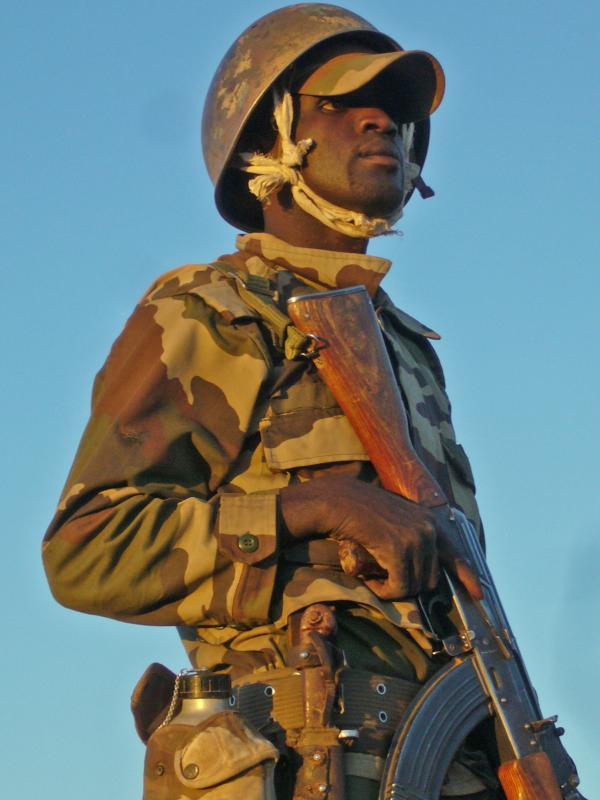 Armée Mauritanienne - Page 2 2_1_010