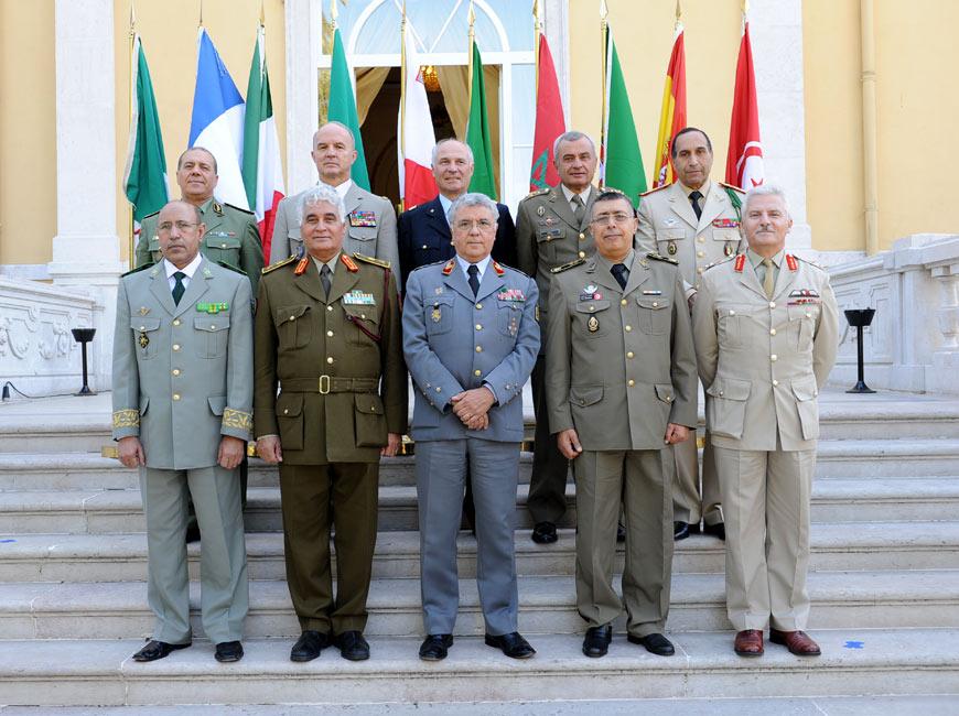 الجيش الموريتاني - صفحة 2 Les_ce10