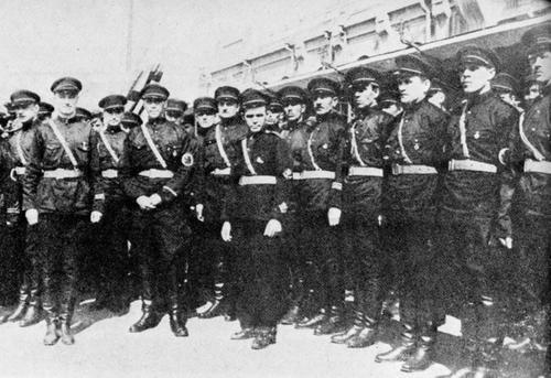 Des russes dans l'armée japonaise _harbi10