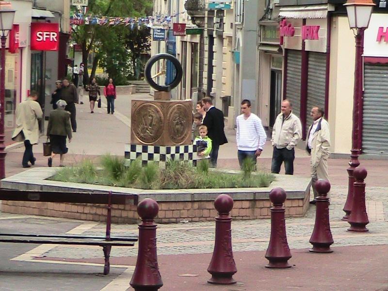 WALK OF FAME quartier st nicolas du MANS - Page 2 Walk_o94
