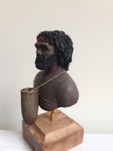 Retour au pinceaux II - Buste aborigène NS Prod  Img_1111