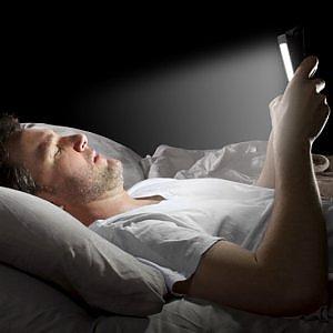 Smartphone a letto? Per dormire bene Apple introduce Night Shift 14273510