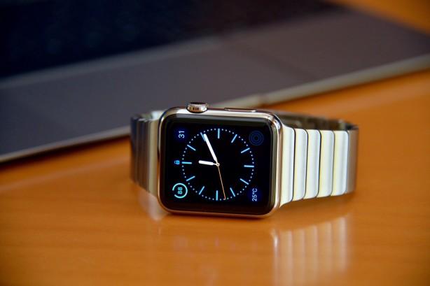 Apple venderà 12 milioni di Apple Watch entro fine anno? Apple_10