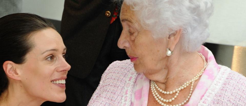 Addio alla Baronessa della Birra: Muore a 97 Anni - Pagina 2 Cellin10