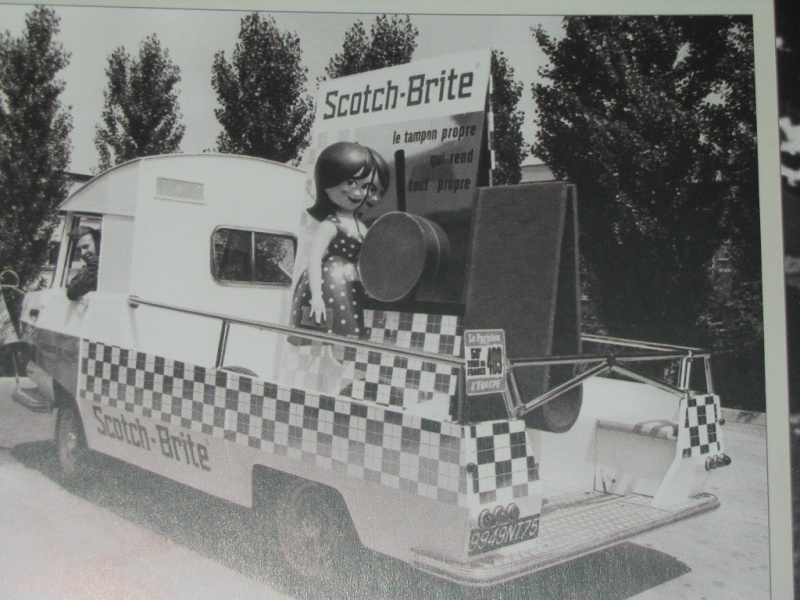 2015 > NOUVEAU > Hachette Collections + AUTO PLUS > La fabuleuse histoire des véhicules publicitaires - Page 2 Img_5524