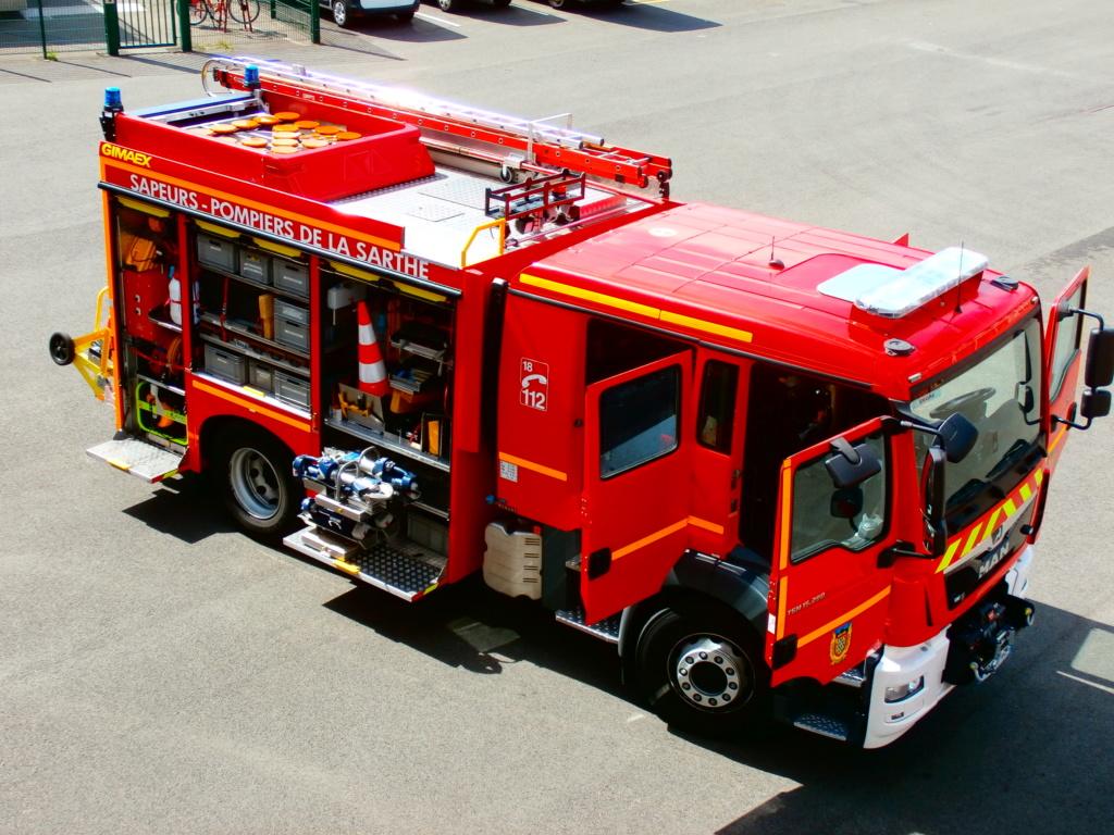 """"""" Porte ouverte """" Pompiers du Mans  P8300111"""