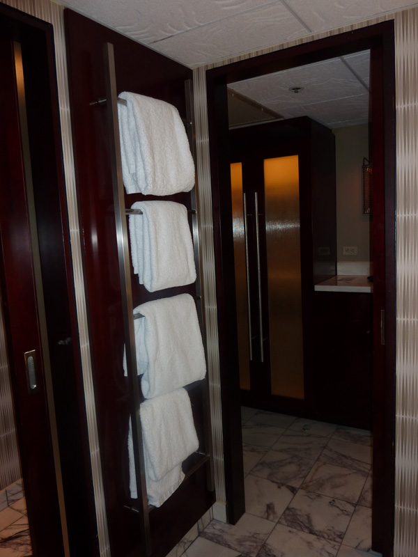 C'est parti pour un séjour à 4 - Juillet 2016 - Page 2 Hotel321