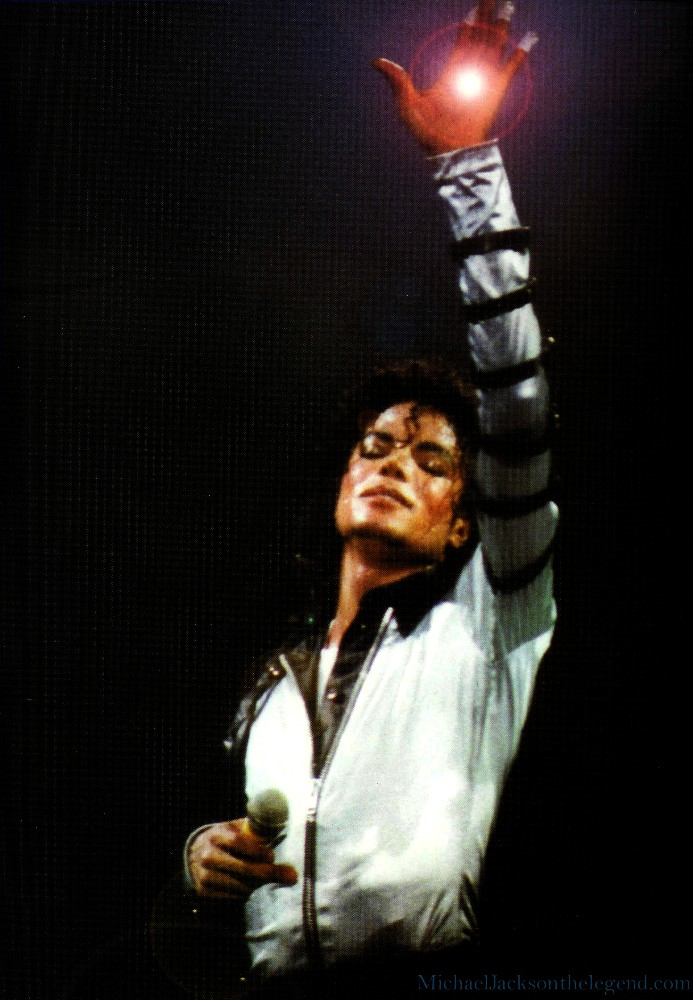 BAD Tour Live in LONDON - BAD! Zz53l10