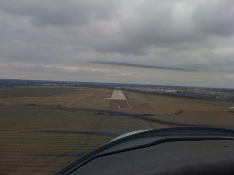Aéroport Rouen Vallée de Seine LFOP 00210