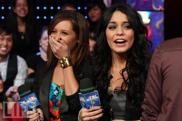 The Cast of High School Musical visit MTV's Mi TRL - October 21 83408610