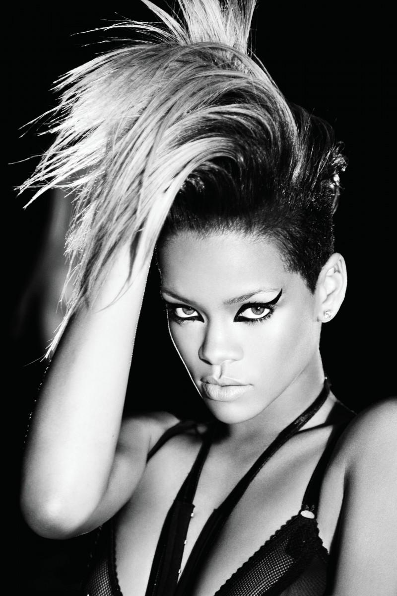 Rihanna Rihann10