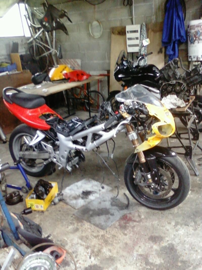 La moto sur circuit Photo015