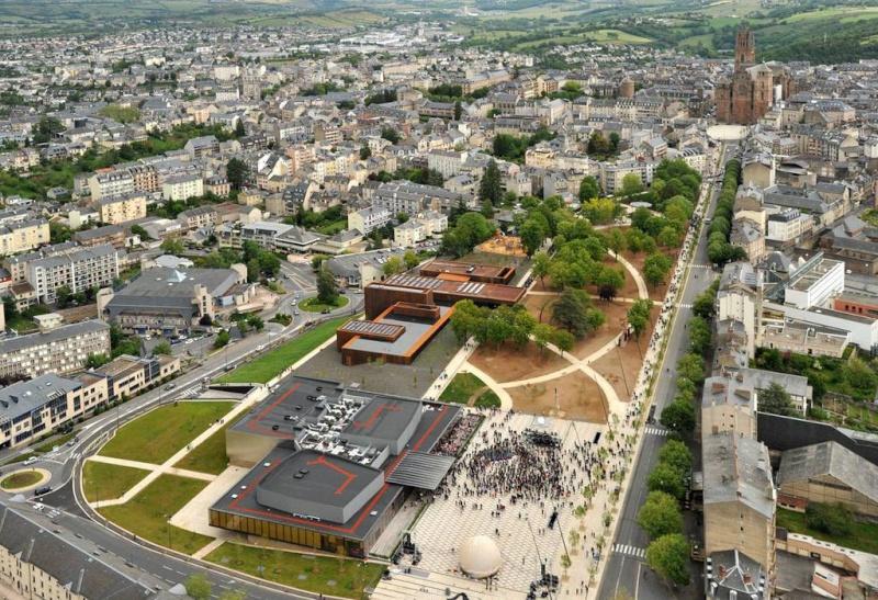 Aveyronnaise 2: Soulages, le musée de Rodez et les vitraux de Conques Cache_10