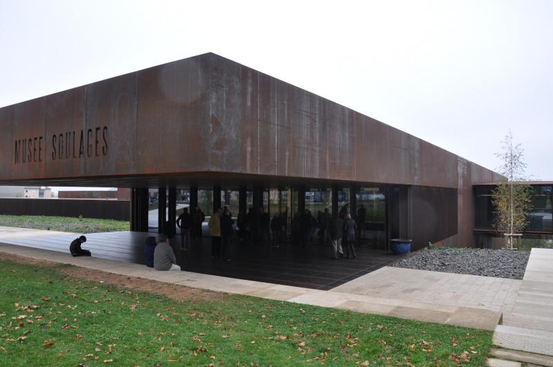 Aveyronnaise 2: Soulages, le musée de Rodez et les vitraux de Conques Dsc_0812