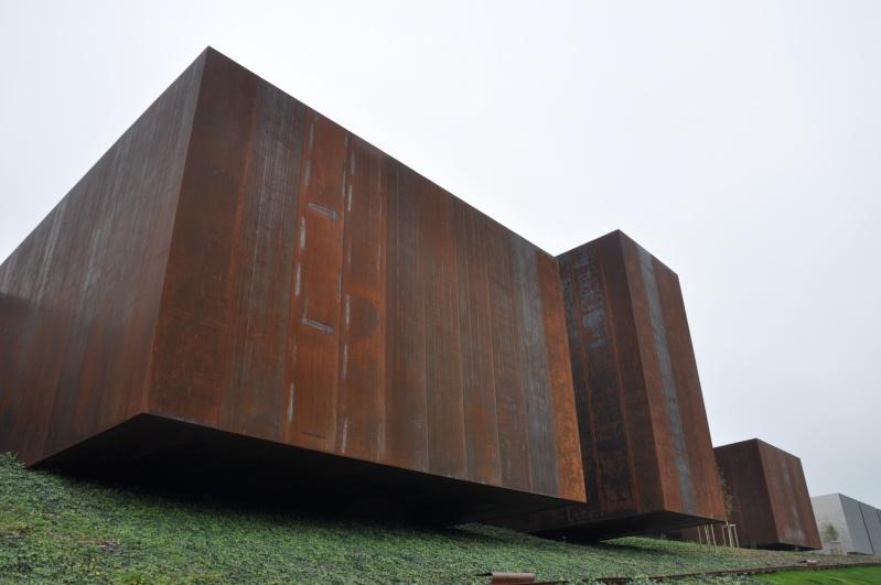 Aveyronnaise 2: Soulages, le musée de Rodez et les vitraux de Conques Dsc_0814