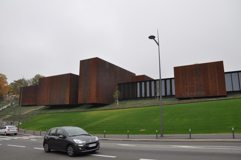 Aveyronnaise 2: Soulages, le musée de Rodez et les vitraux de Conques Dsc_0816