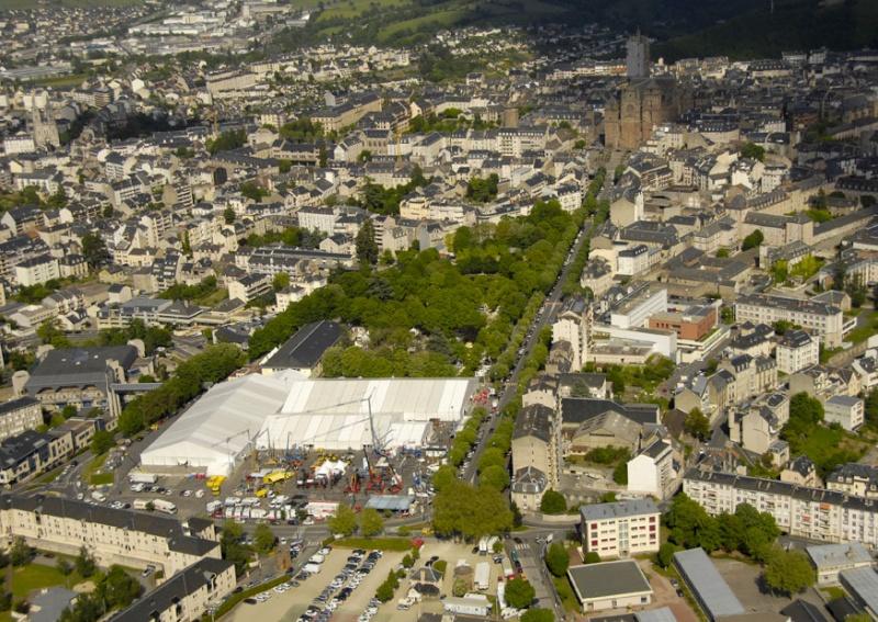 Aveyronnaise 2: Soulages, le musée de Rodez et les vitraux de Conques Foire-10