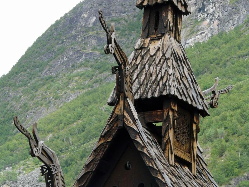 """Norvège : Les """"stavkirke"""", églises en """"bois debout"""", et secondairement bien d'autres aspects de ce magnifique pays et de sa culture... - Page 2 P1040910"""