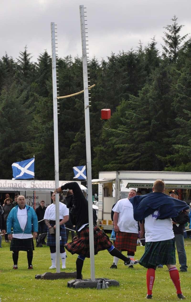 Scottish story 4: Highland games à Arisaig le 29 juillet 2015 - Page 2 Poids_11