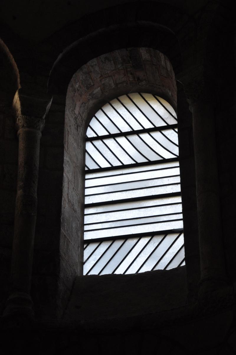 Aveyronnaise 2: Soulages, le musée de Rodez et les vitraux de Conques - Page 3 Vitrau12