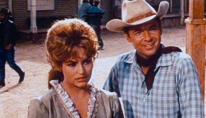 The Texican / Texas kid. 1966 . Lesley Selander 17037310