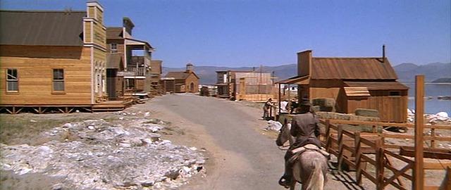L'Homme des Hautes Plaines - High Plains Drifter - 1973 - Clint Eastwood  48608410