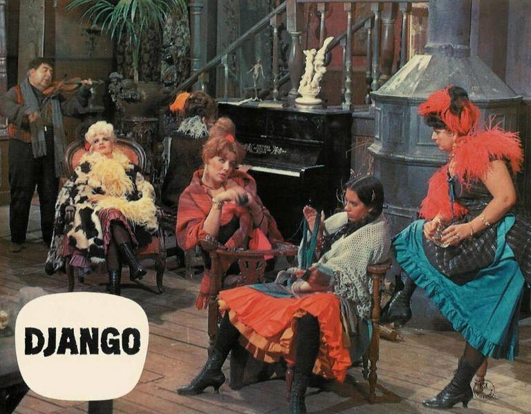 Django - 1966 - Sergio Corbucci 768px-10
