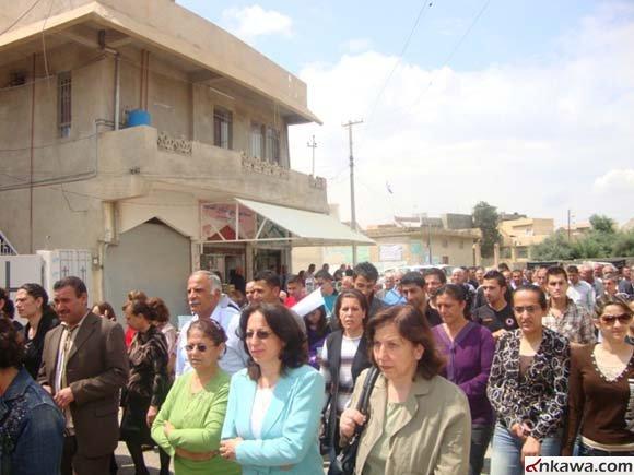 مسيرة حاشدة في كرمليس أحتجاجاً على أستهداف طلبة بغديدا 719