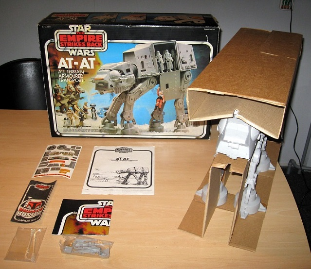 PROJECT OUTSIDE THE BOX - Star Wars Vehicles, Playsets, Mini Rigs & other boxed products  - Page 2 At_at_28
