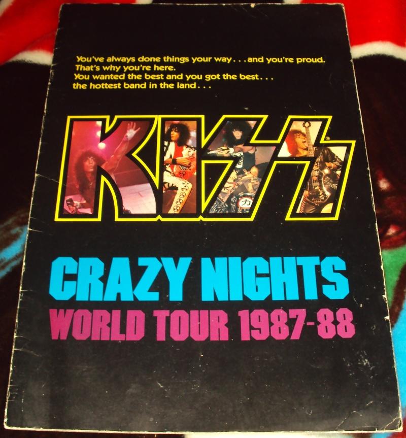 KISS, QUAND TU ME  TOUR.....NES EN BOOK! - Page 3 Dsc01125