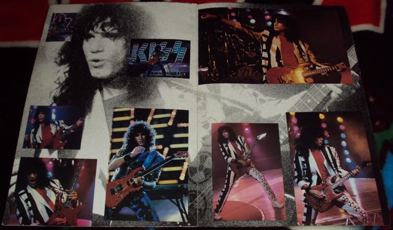 KISS, QUAND TU ME  TOUR.....NES EN BOOK! - Page 3 Dsc01140