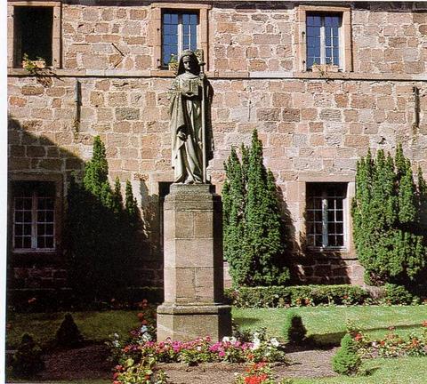 Reportage Colmar 2004 (23-25 juillet) Statue10