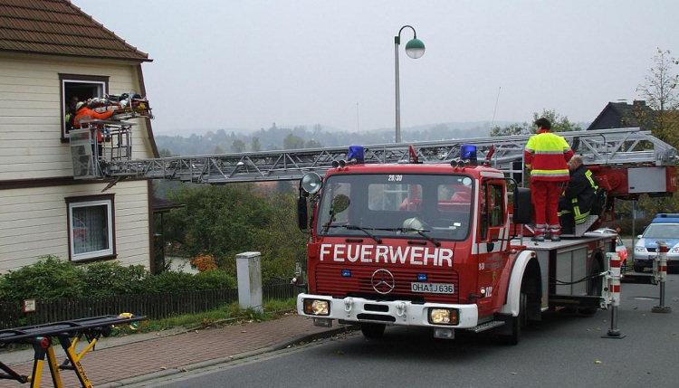 Bilder von der Feuerwehr - eine kleine Auswahl Rett_210