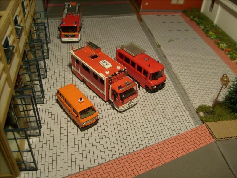 Umbau 1:87 Einsatzleitwagen ELW 2 auf Mercedes Benz Atego - Seite 3 S7300410
