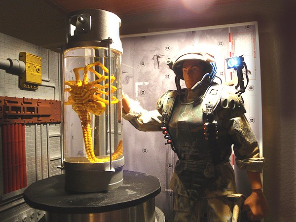 Diorama Alien&Predator. Figure10