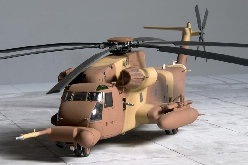 3 Sikorsky Workhorses 7480_m10