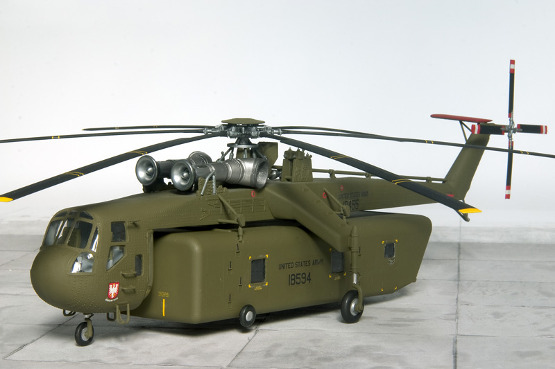 3 Sikorsky Workhorses 7491_s10