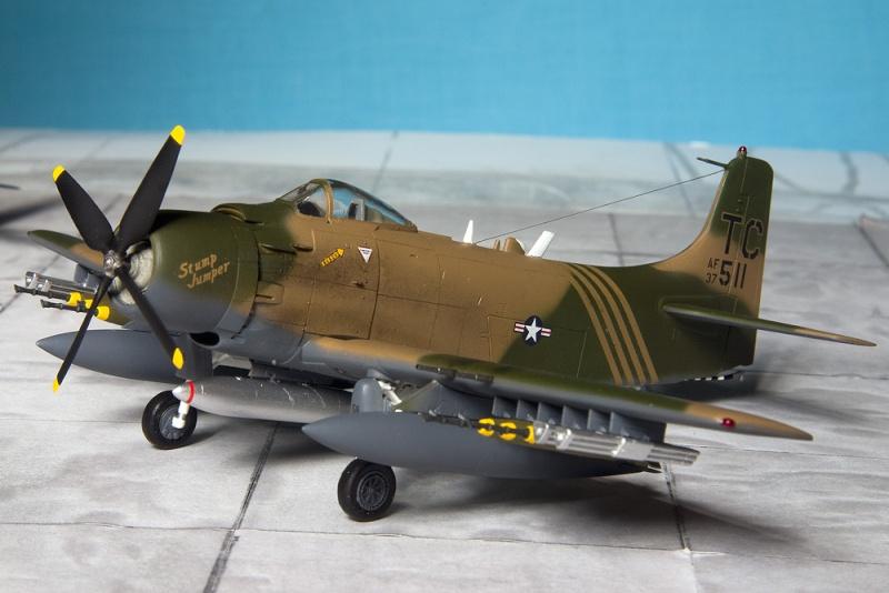 Hasegawa & Airfix/Heller Skyraiders 7937_h10