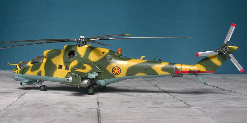 Italeri & HobbyBoss Mi-24 hinds 8033_e10