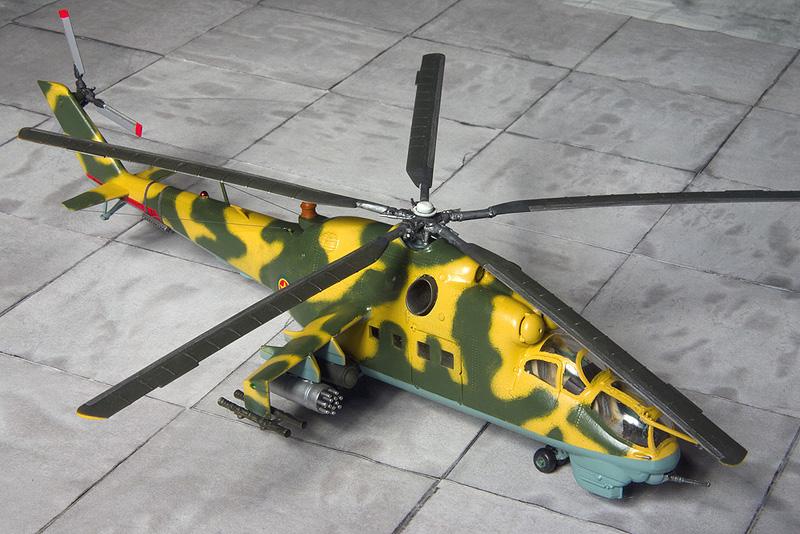Italeri & HobbyBoss Mi-24 hinds 8040_e10