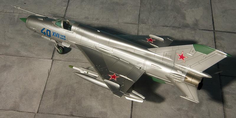 Fujimi Mig-21's 8175_m10