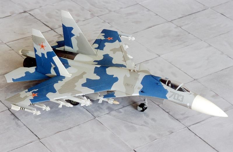 Airfix Su-27 & Berkut Su-35 Su-35-11