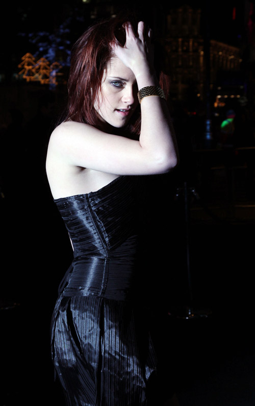 The Stunningly Beautiful Kstew Kriste10