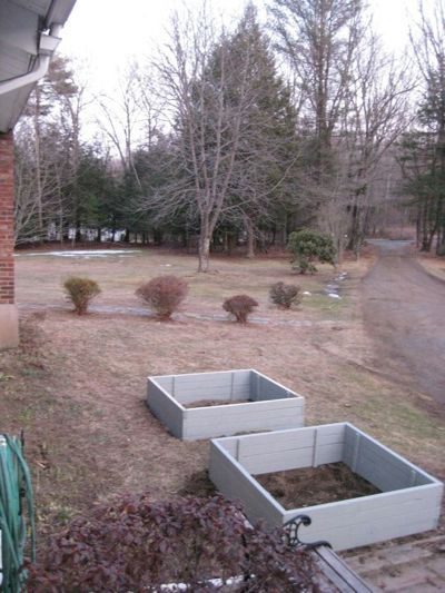 CT Square-foot gardening March10