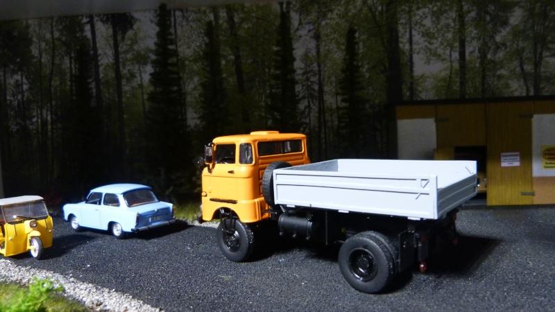 Eigenbau Schwerlastanhänger TL 20 und TL 12 Straßenwalze DW 10 und andere Fahrzeuge in 1 43 - Seite 3 P1080710